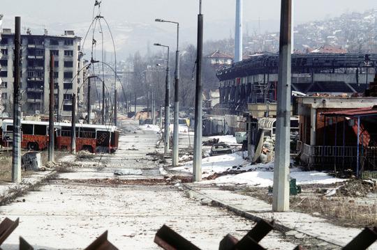 162098_vignette_sarajevo-19.3.1996-war