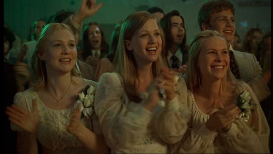 The-virgin-suicides--the-virgin-suicides-189770_1020_576