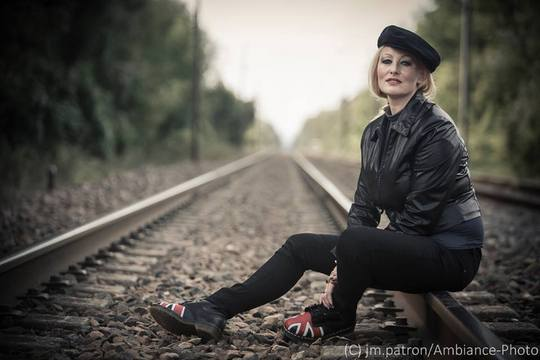Mag_rail_train