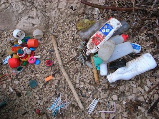 déchets sur le litoral des îles du Frioul