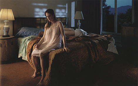 Gregory-crewdson-photograph