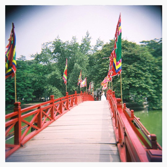 Post-card-14x14cm-hanoi-bridge