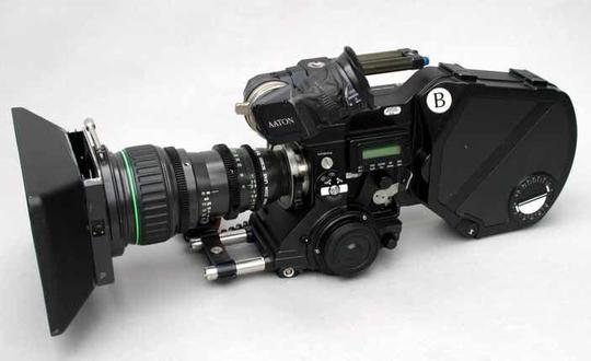 Aaton_xtr_prod_super_16mm_film_camera_pl_mount_video