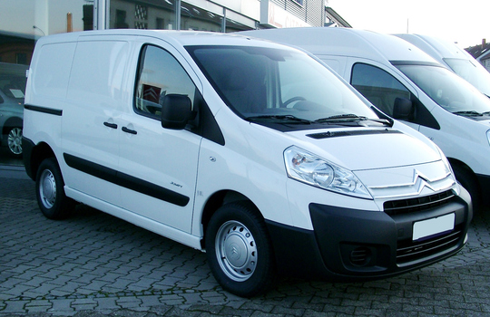 Citroen_jumpy_front_20071215