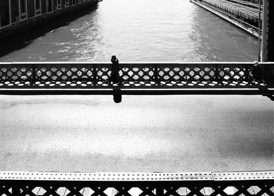 W082_sol_en_bitume__balustrade_sur_pont_nb_calque_20