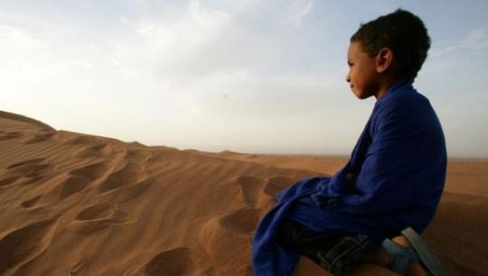 Enfant-maroc-desert