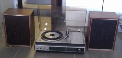 Tourne-disques-radio