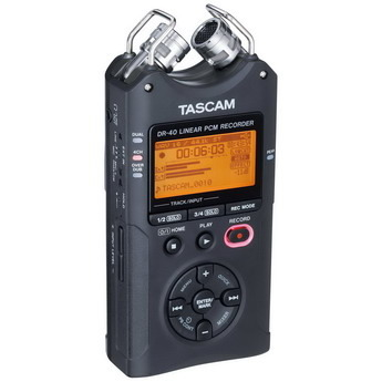 Tascam_dr-40_red