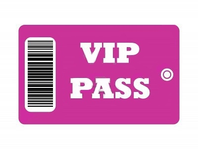 5974068-vip-pass-avec-code-a-barres-isolee-sur-fond-blanc