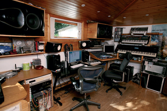 Home-recording-studio-photos-from-audio-tech-junkies_25