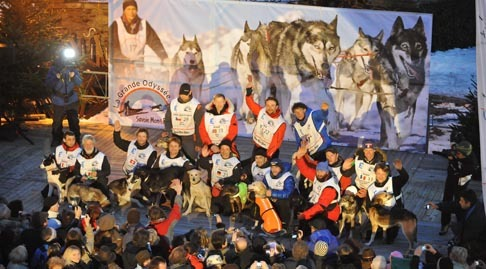 Mushers_podium