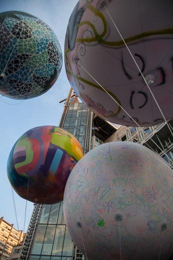 Divers_ballons_italie_deux_verticale