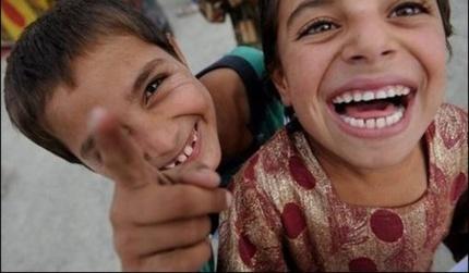 441337_enfant_afghanistan_03012011140022_a_la_une