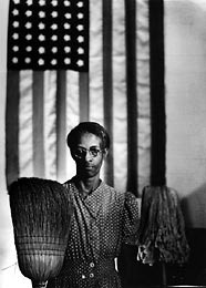 American_gothic_by_gordon_parks