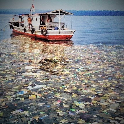 Pollution-mer-sumatra