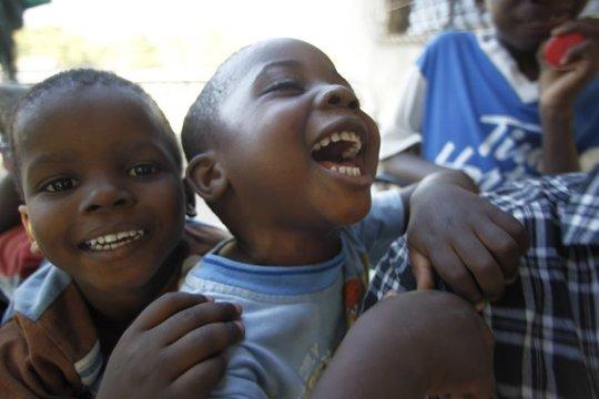 507629-petits-maison-espoir-enfants-centre