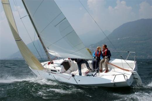 Sailing_j80