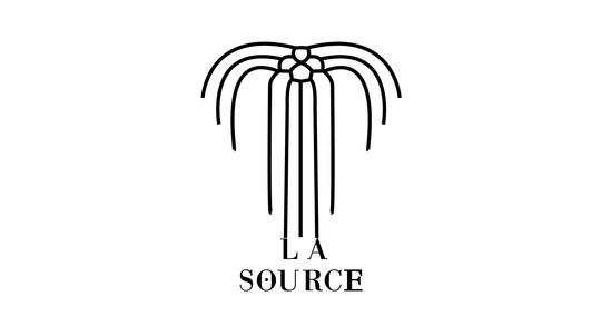Lasource2noirsurblanc